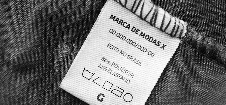 como etiquetar roupas
